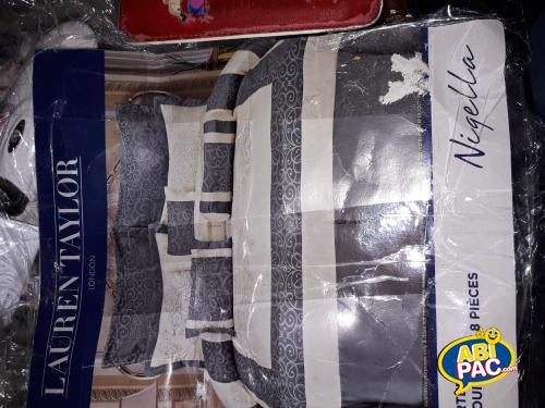 Première photo pour set de couvre lit gris et réversible
